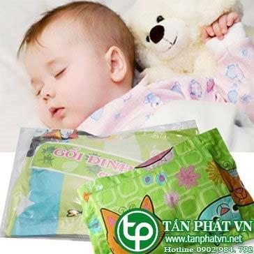 gối lá đinh lăng cho bé an giấc ngủ