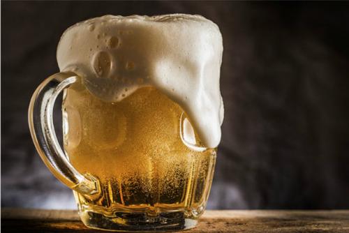 Uống nửa lít bia mỗi ngày có thể ngừa đột quỵ